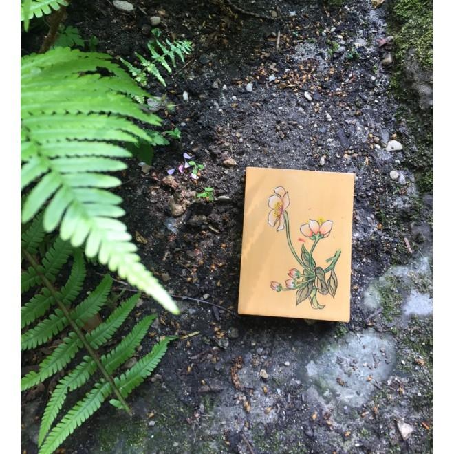 petite boite vintage bois vernie motif fleur