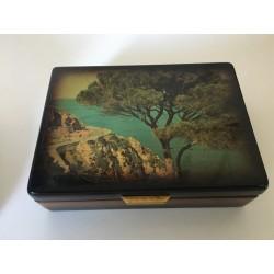boite rectangulaire noire laquée motif nénuphar