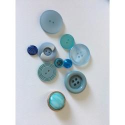 Lot de boutons bleus vintage