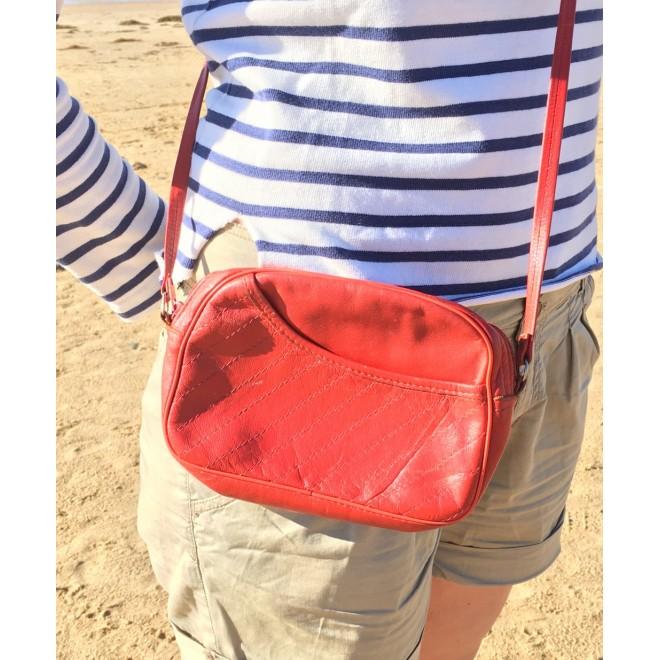 petit sac rouge vintage