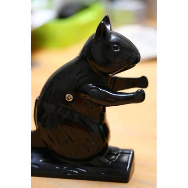 Casse noisette écureuil métal noir
